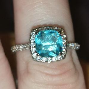 Beautiful Blue FRAGRANT JEWELS Ring Sz 6